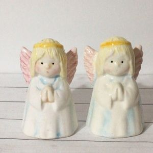 🦋New Listing🦋Vintage Praying Angels S&P Shakers